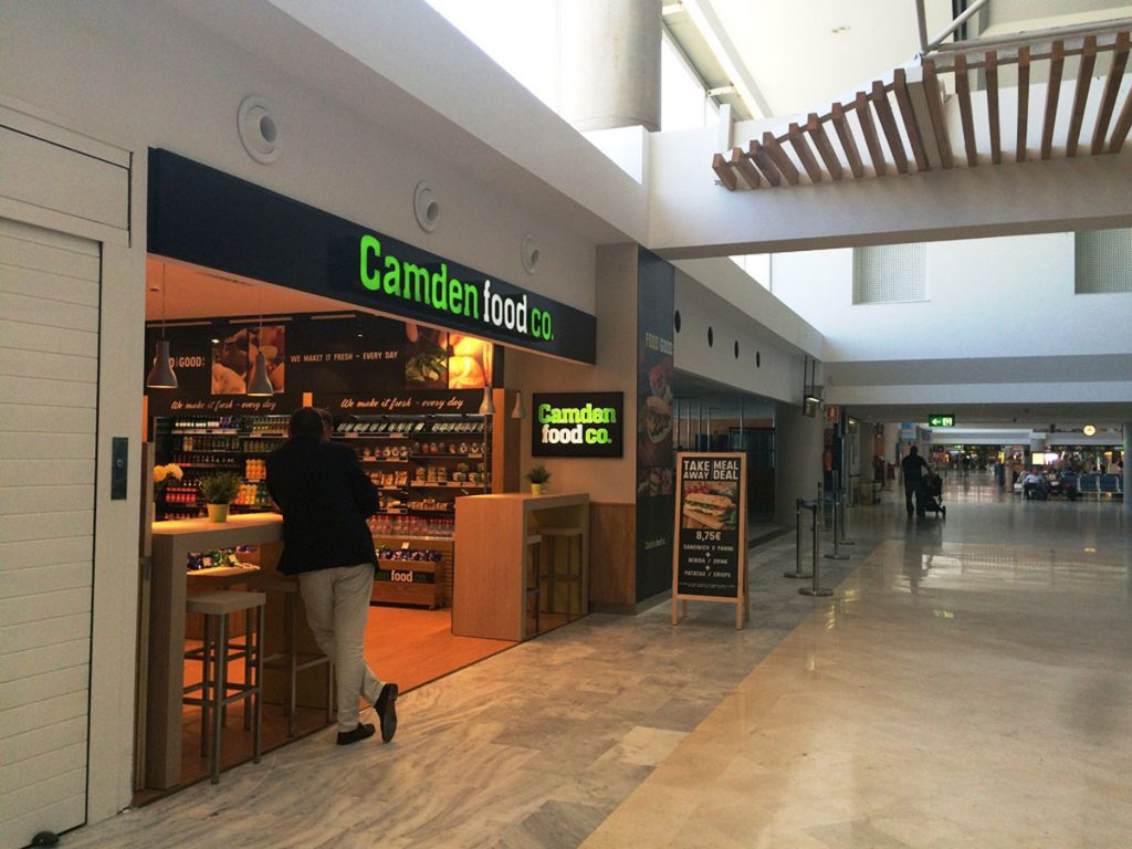 Áreas comerciales, aeropuerto de Lanzarote, Camden